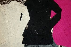 Skirt, 3 sweaters and scarf